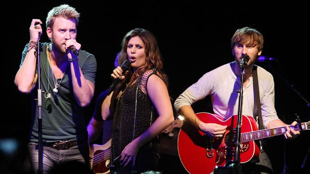 Lady Antebellum: Take Me Downtown Tour 2014 at Blossom Music Center