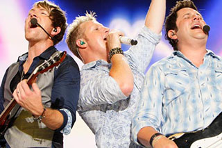 Rascal Flatts, Scotty McCreery & RaeLynn at Blossom Music Center