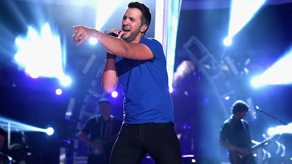 Luke Bryan, Little Big Town & Dustin Lynch at Blossom Music Center